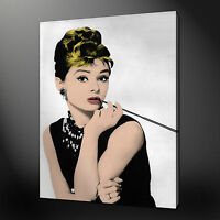AUDREY HEPBURN BREAKFAST AT TIFFANY CANVAS PRINT WALL ART PICTURE READY TO HANG
