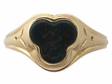 Antique Bloodstone and 15ct Yellow Gold Gent's Signet Ring Circa 1910