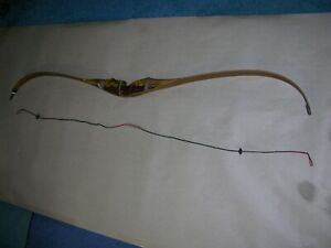 """Samick Traditional Volcano RH Recurve Bow 58"""", Draw Weight 45 Pounds"""