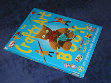 THE CRAFTY ART BOOK Jane Bull HB 1990. Young modelling & making projects, crafts