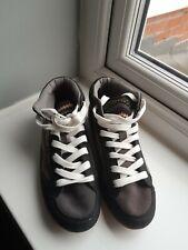 Ladies Canvas boots Size 5