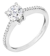 9Ct Oro Blanco 1 Quilate Sintético 1 Diamante Hombro Set Anillo Talla P