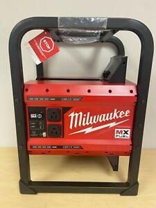 MILWAUKEE MXF002 MX FUEL CARRY ON 3600W / 1800W ELECTRIC GENERATOR - NEW