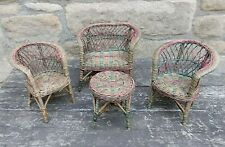 AN EARLY TWENTIETH CENTURY DOLLS FOUR PIECE COLOURED WICKER CONSERVATORY SUITE.