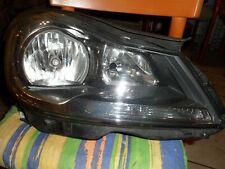 Mercedes w204 Bj. 2011-2014 rechter Scheinwerfer ohne Lampen.