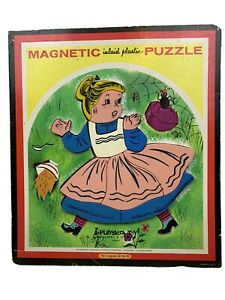 Vintage Playskool Magnetic Inlaid Plastic puzzle 6580A Miss Muffler 13 Pieces A8