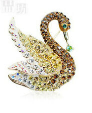 GORGEOUS 18K ROSE GOLD PLATED & GENUINE CZ AND AUSTRIAN CRYSTAL SWAN BROOCH