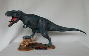 Pegasus T-Rex built and painted /solid/large