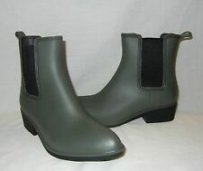 Urban Outfitters Women's Dora Rubber Rain Boots Retail $39 size 9