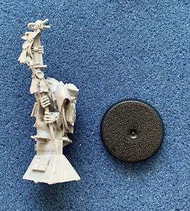 40K - FORGEWORLD INQUISITION - EXCORCIST - HIEROPHANT - RETINUE - RESIN - NEW