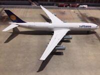 Defective Phoenix 1:400 Lufthansa A340-300 D-AIFF Please see description