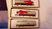HO Scale Roco F7 A-B-A Diesel Locomotive Set, Santa Fe War Bonnet Colors