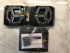 New Shimano SAINT PD-M828 MTB DH/FR Flat Pedals 2 pin length include Brand New