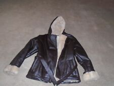 WILSONS WOMANS LEATHER JACKET WITH HOOD SIZE SMALL IN PRETTY GOOD CONDITION