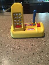 RARE! Little Tikes Yellow Phone With Base Stand Cordless Pretend Play Telephone