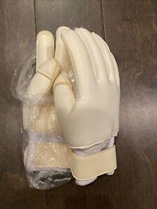 goalkeeper gloves size 10