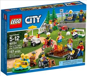 LEGO - CITY - 60134 - LE PARC DE LOISIRS - ENSEMBLE DE FIGURINE