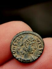 Constance II , nummus , Alexandrie 337-341 ( GLOR-IA EXERC-ITVS //SMALB) 1,52 g