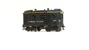 Lehigh Valley LV 60 boxcab diesel Plastic Z scale  with LED lights