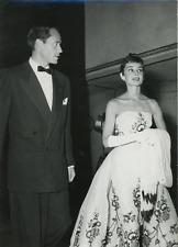 Audrey Hepburn et Mel Ferrer Vintage silver print Tirage argentique  13x18