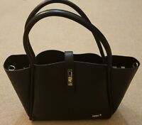 Beau baby changing bag in genuine Black leather with accessories. New