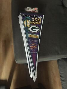 Vintage 1997 NFL Super Bowl XXXI Champion Pennant Green Bay Packers @ New Orlean