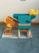 Vintage Fisher Price Play Family Lift and Load Depot  #942