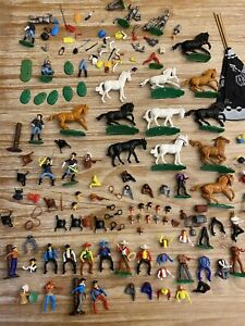 Konvolut Elastolin Banditen Indianer Ritter Steckfiguren Kleinteilen