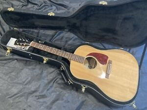 GIBSON J15 Electro Acoustic - 2017 - Superb Condition.