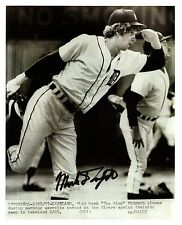 """Mark """"The Bird"""" Fidrych reprinted autograph from a UPI wire-photo"""