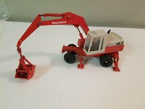 Gescha #2896 Poclain 90 Wheel Excavator w/ Clam - 1:50 - Die Cast Model