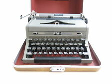 Royal Quiet Deluxe Typewriter