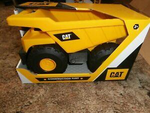 """Cat Caterpillar Sand Box Toy Construction Fleet Off-Road Dump Truck 10"""""""