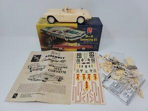 VINTAGE 1959 CHEVY CORVETTE 3 IN 1 SMP MODEL CAR KIT IN BOX SCRWBOTTOM