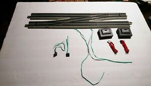 Bachmann HO Train Gray EZ Track Powered Crossover With Switch and Wire