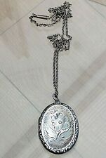 SILVER OLD LOCKET NECKLACE FABULOUS DESIGN 1971