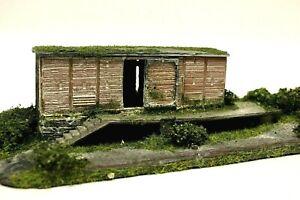 Diorama H0/1:87 Gebäude stillgelegtes Güterlager #patiniert+begrünt
