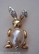 Beautiful Diamante Brooch Pin Costume Jewellery Bunny Rabbit Diamante