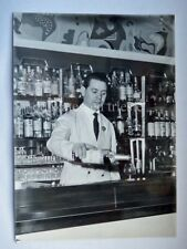 BAR BARMAN foto Stock Trieste Monari Matteo International Bar Gardone Riviera
