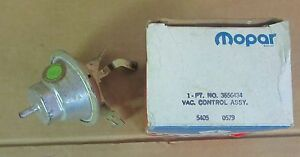 Mopar 3656434 Vacuum Advance 1972 Plymouth Dodge Chrysler 318, 360 V8 NOS