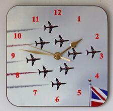 Reloj Pared Cuadrado: el equipo de pantalla Flechas Rojas-aviación-talla 19cm por 19cm