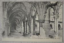 """CPA """" SOISSONS - Ancienne Abbaye Saint Jean des Vignes - Le Cloître"""