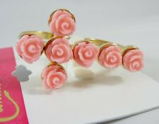 New 2 Finger Gold Ring with Pink Roses in a Cross Pattern Size 7/8 NWT #R1178