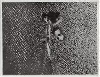 Italienisches Flugzeug bombardiert englisches Schiff. Orig-Pressephoto um 1940