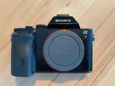 Sony Alpha ILCE-7 24.3 MP SLR-Digitalkamera - Schwarz (Nur Gehäuse)