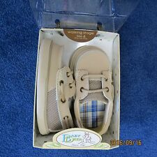 Baby Deer size 4 Tan deck shoe childrens new in box