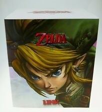 Legend of Zelda Twilight Princess Link Figurine Statue Sealed Nintendo 26 cm