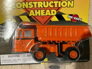 Ertl Road Construction Ahead Dump Truck #36007/12034 1:64