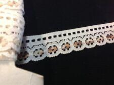 Vintage Estate Flat Lace Ivory Beige Scalloped Trim Sewing Crafts 15 yards