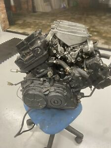 honda vfr750 rc24 1986 v4 engine & Carbs